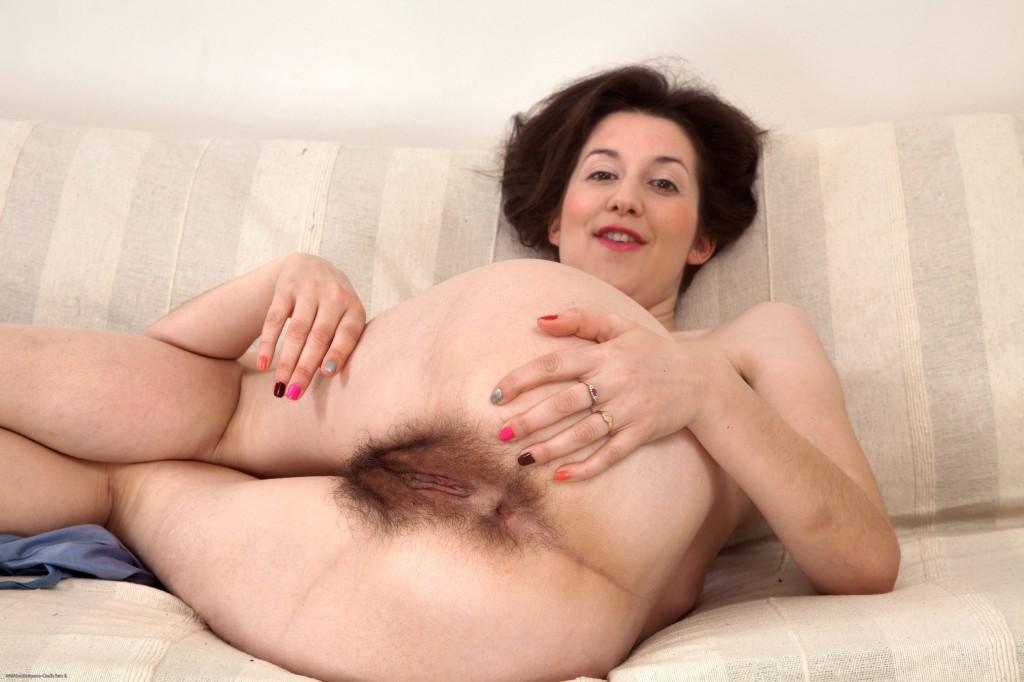 nasty shemale fucks a hot female slave