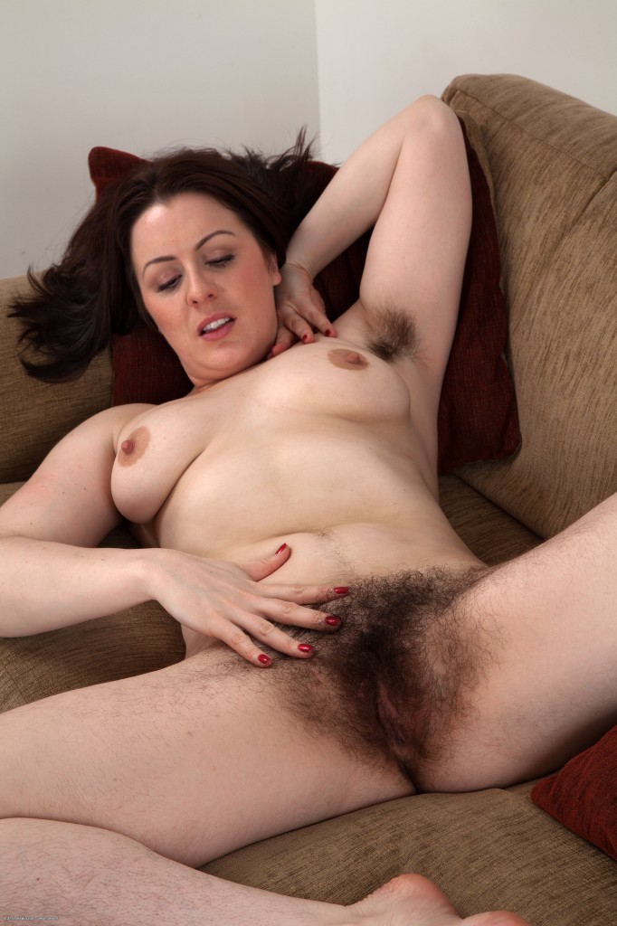 Women chubby amateur hairy