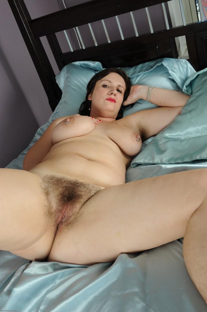 Hairy female mature masturbating