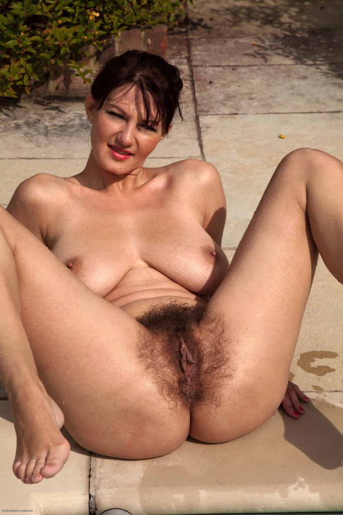 Nude women hairy mature french