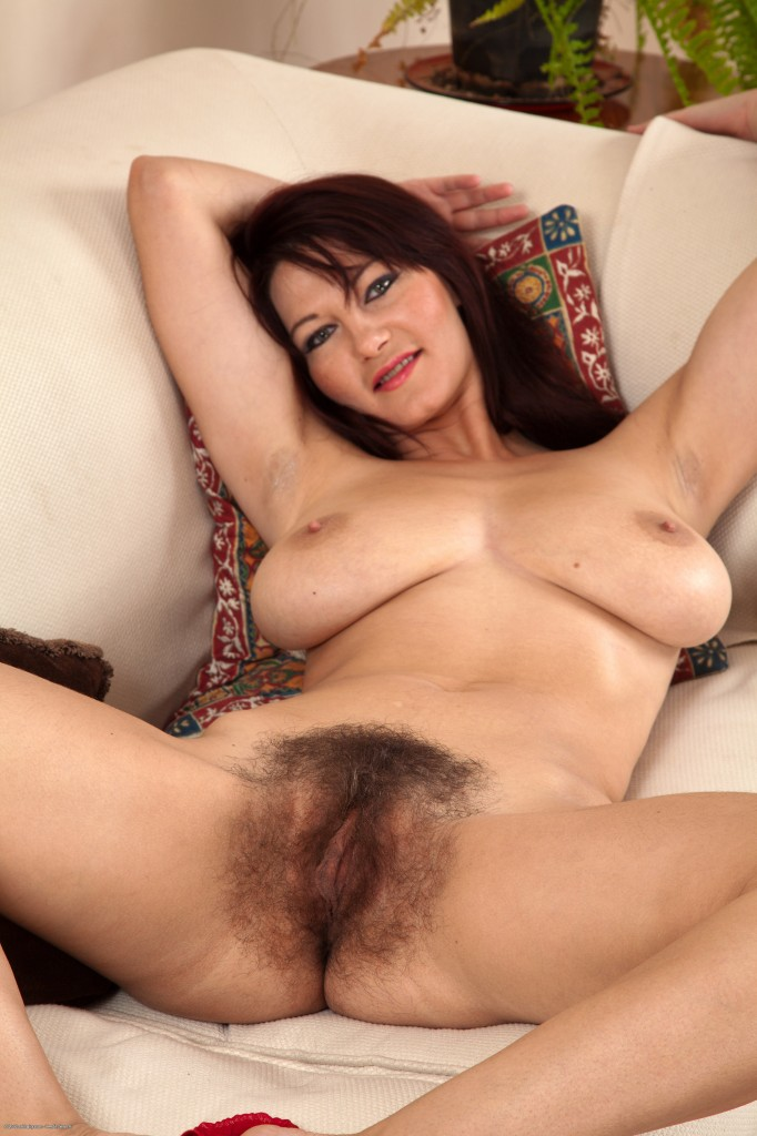 Atk hairy mature bush