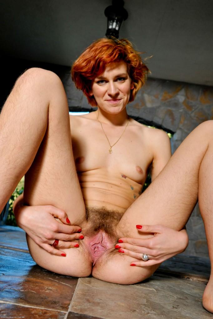 naked virgin puzzy italy girl