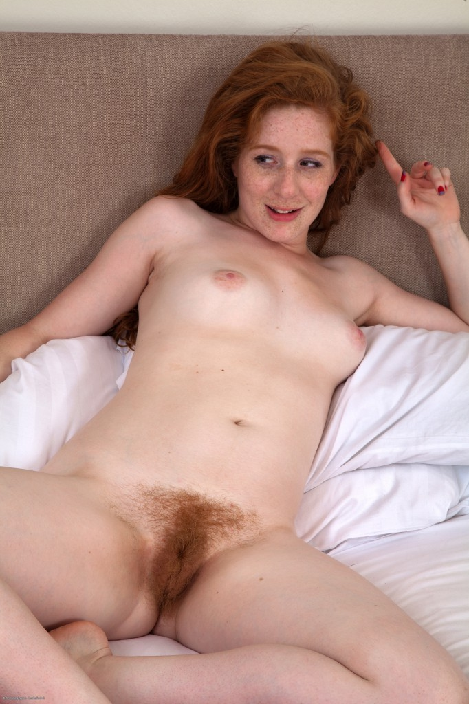 Redhead babe pictures