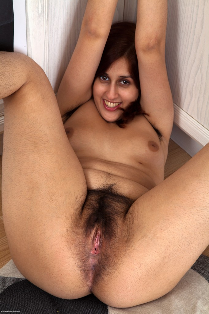 Anal mature natural hairy