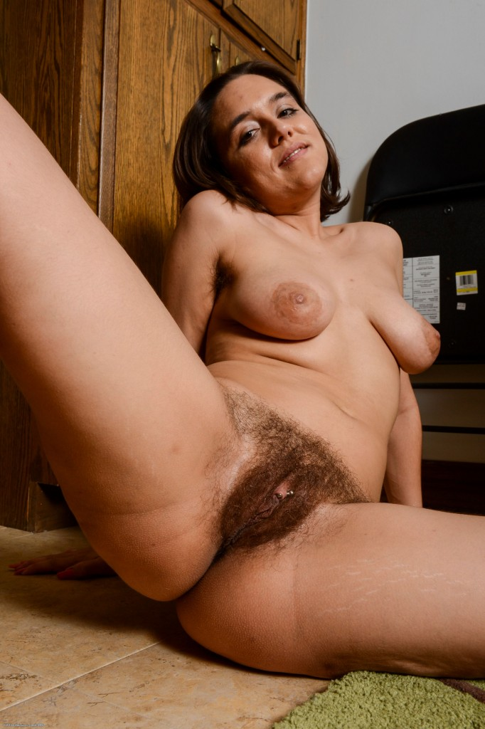 Hairy vagina hot or not