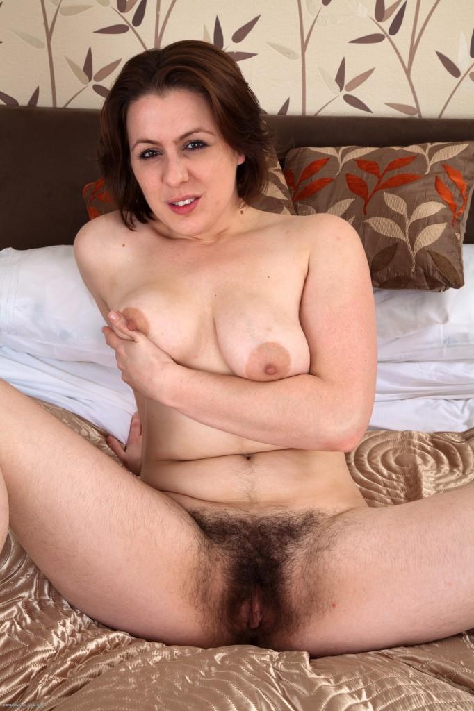 hot malay girl nude pic