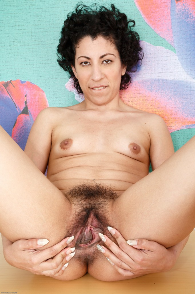 hairy iranian girls - hairy old cunt free, hairy atk ...