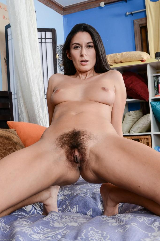Nude pierce college girl very