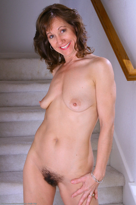 Only at ATK Natural & Hairy: mature woman hairy pussy pics!