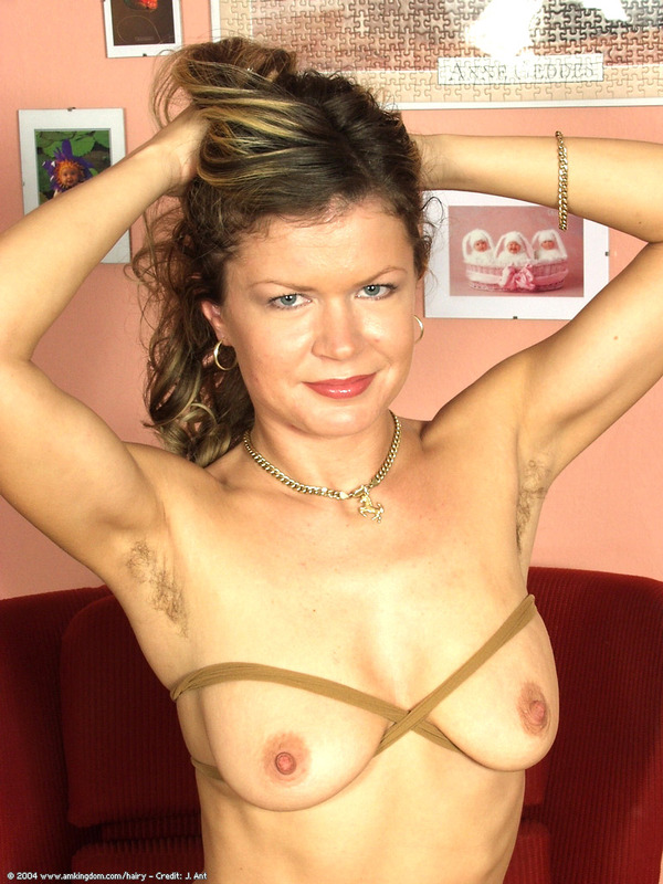 big tits smooth skin naked girl